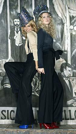 Savannah and SiennaMiller