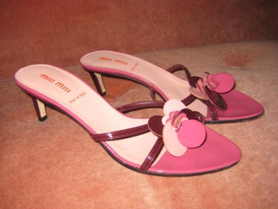 MiuMiu sandals àvendre